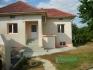 Къщата се състои от коридор, две спални, килер, кухня и баня с тоалетна,отделна построика с две...