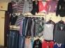 Продавам дамски и мъжки дрехи на едро и дребно