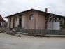 Строежи на къщи , жилищни сгради . Цената включва техническо обслужване , труд , кофраж , армутура , бетон и зидария 60EUR/кв.м.  0888605928