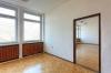 вътрешни ремонти  - бояджия,   гипсаджия,   подови замазки,   поставя простори,   корнизи и...