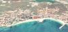 Продава двустаен апартамент в Равда, на първа линия на морето пред широкия пясъчен...