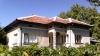 Масивна тухлена къща в село Павел с голямо дворно място
